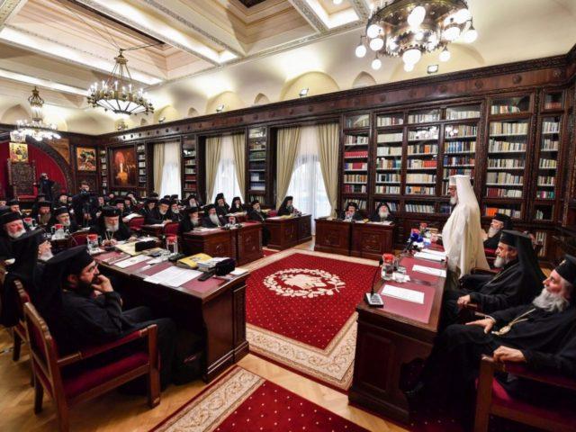 Sedinta-de-lucru-a-Sfantului-Sinod-prezidata-de-Patriarhul-Daniel-5