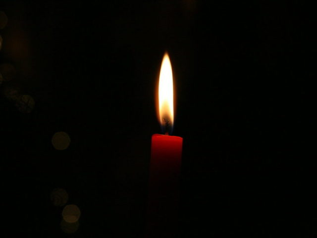 A_Candle_in_the_Dark_by_soraferret