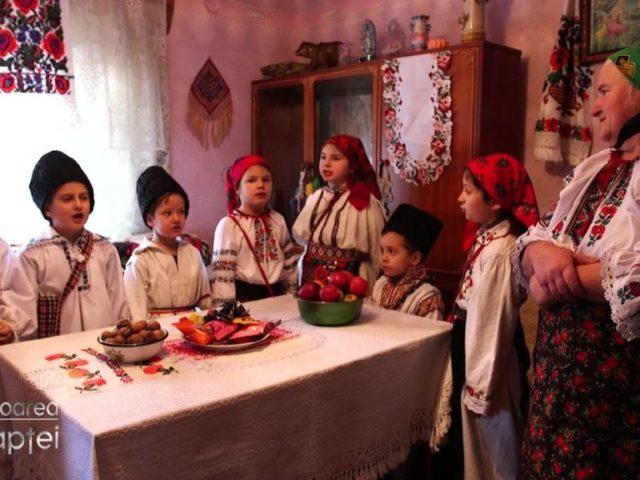 Tradiții fără vârstă. Aduceri aminte din vatra satului românesc