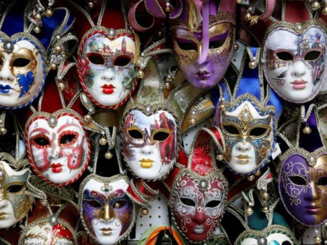 masti-carnaval-1000-900x599