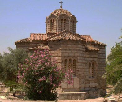 Athens_agora_bizanthian_church_Agii_Apostoli